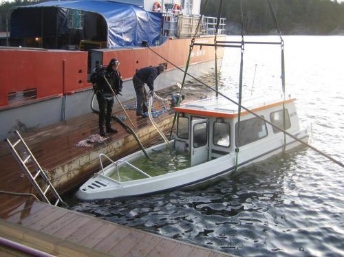 Bärgning båt 019